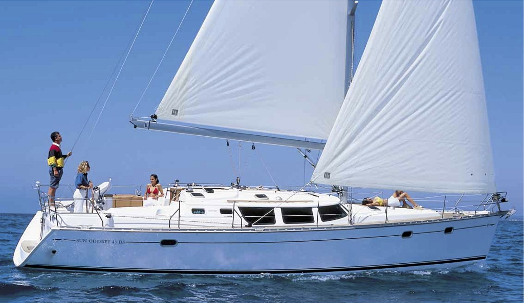 Sail la Vie 43 economy - Sailing Yacht for Charter in Greece