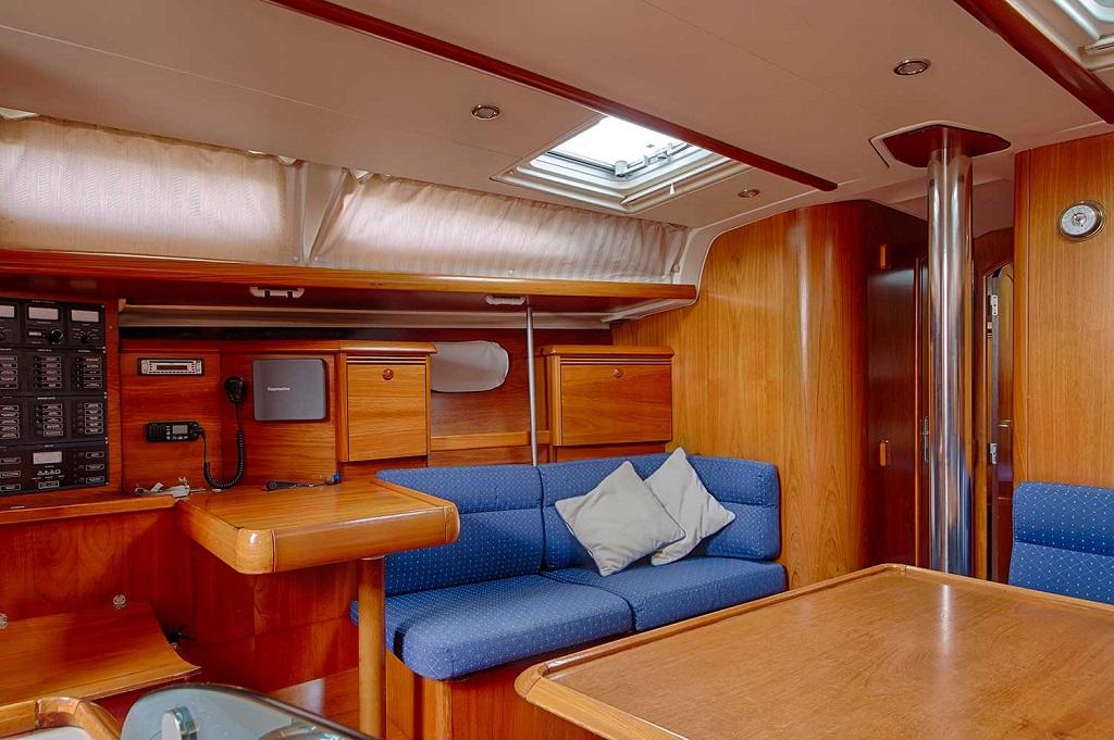 Sailing Yacht Sun Odyssey 43