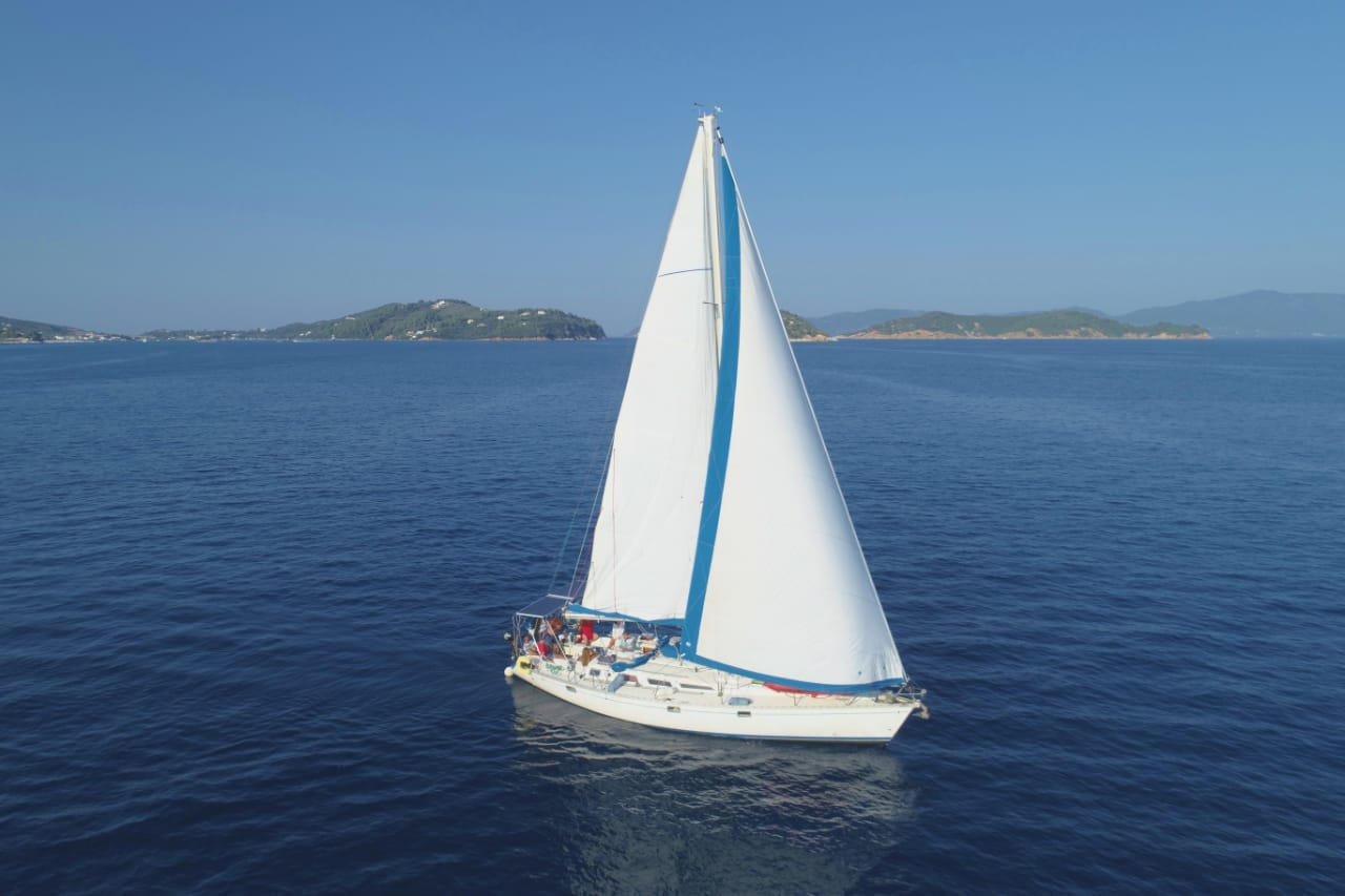 Sail la Vie 44i economy - Sailing Yacht for Charter in Greece