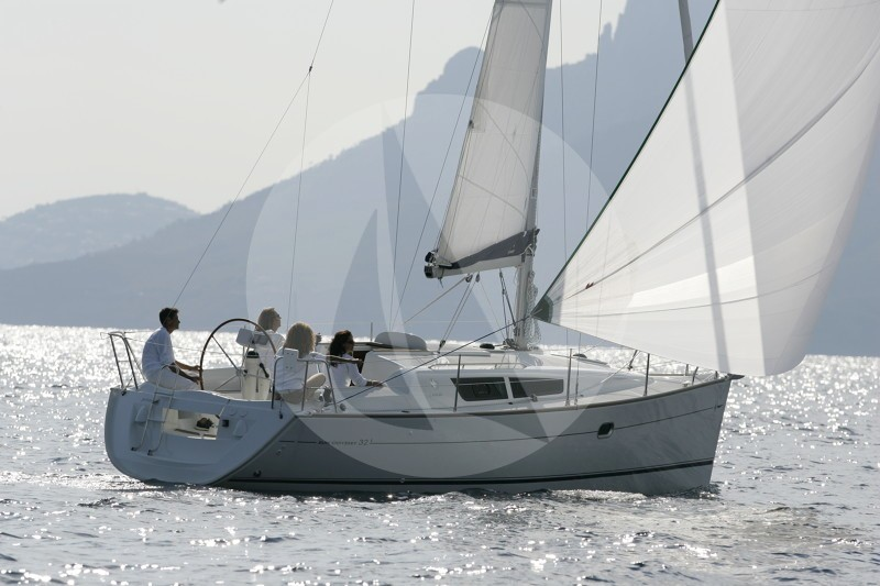 Sail la Vie 32i (2Cab) - Sailing Yacht for Charter in Greece