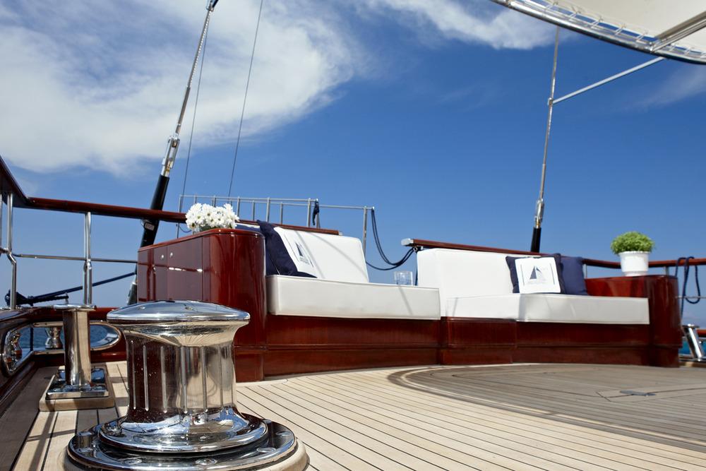 iraklis l  - motor sailer - onar shipping