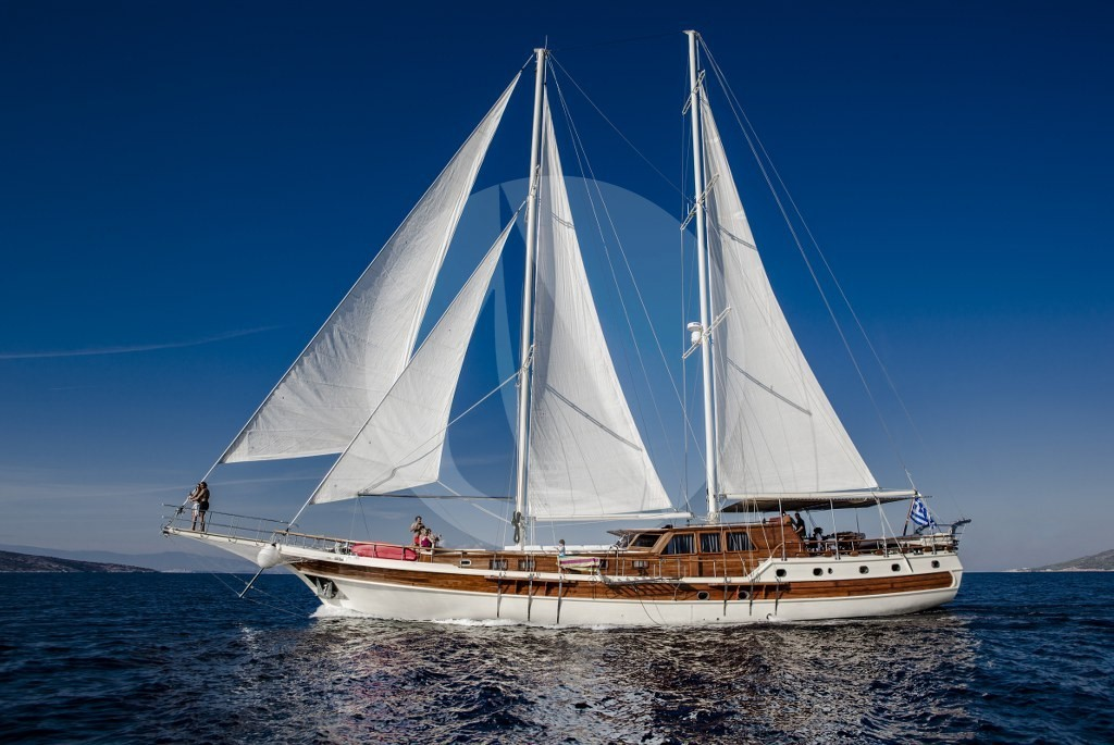 Erato - Motor Sailer for Charter in Greece