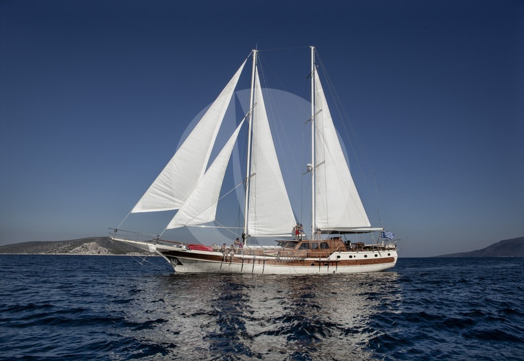 Cruising Yacht for Sacred Ionian Islands Cruise