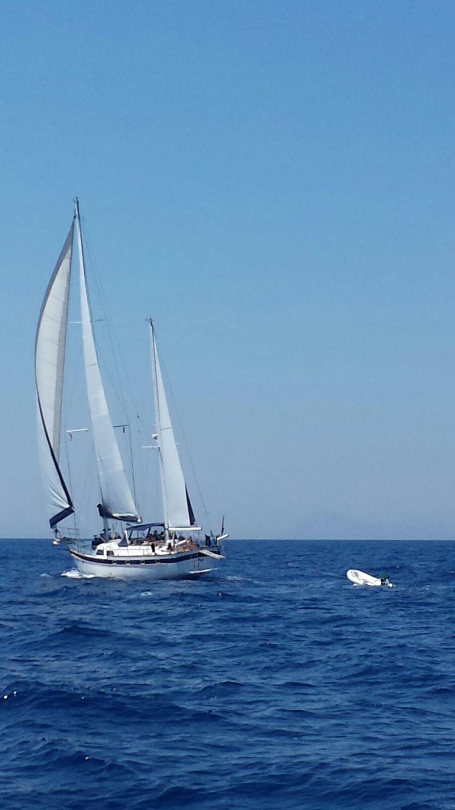 Magic - Sailing Yacht- Irwin Ketch 65'