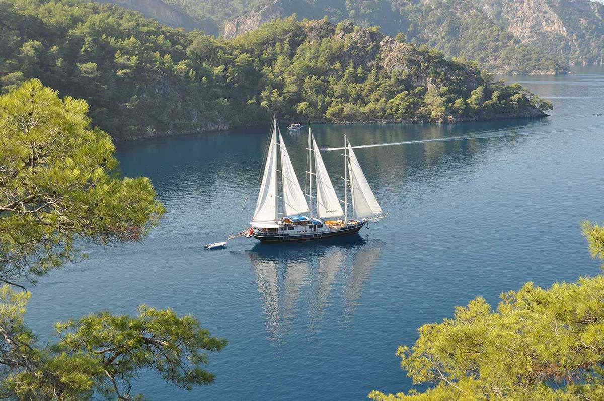 ARTEMIS - Motor Sailer for Charter in Greece