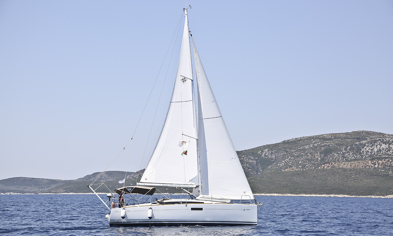 DYNAMENE - Sailing Yacht for Charter in Greece
