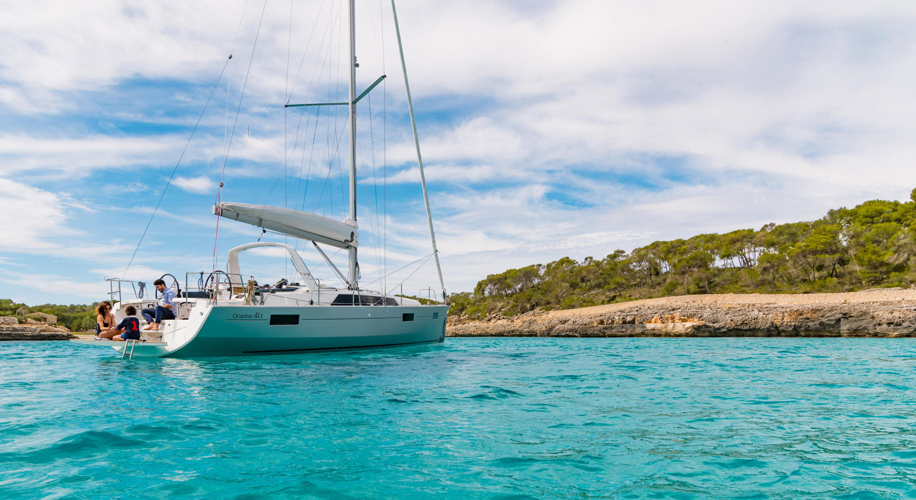 Oceanis 41 Class - Sailing Yacht for Charter in Greece