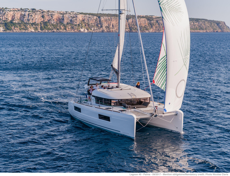 Lagoon 40 (3Cab) Prestige - Catamaran for Charter in Greece