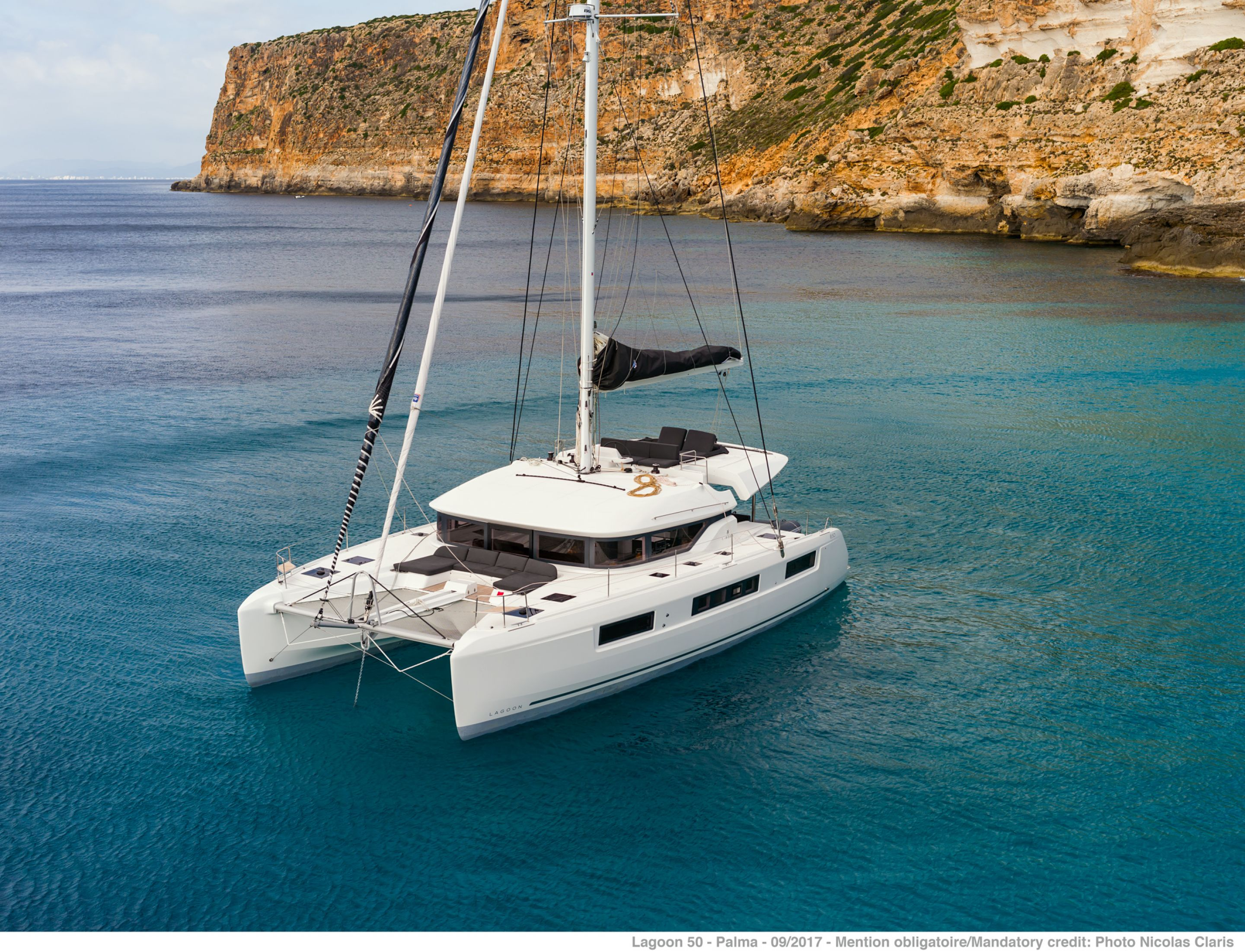 Lagoon 50 (7Cab) - Catamaran for Charter in Greece