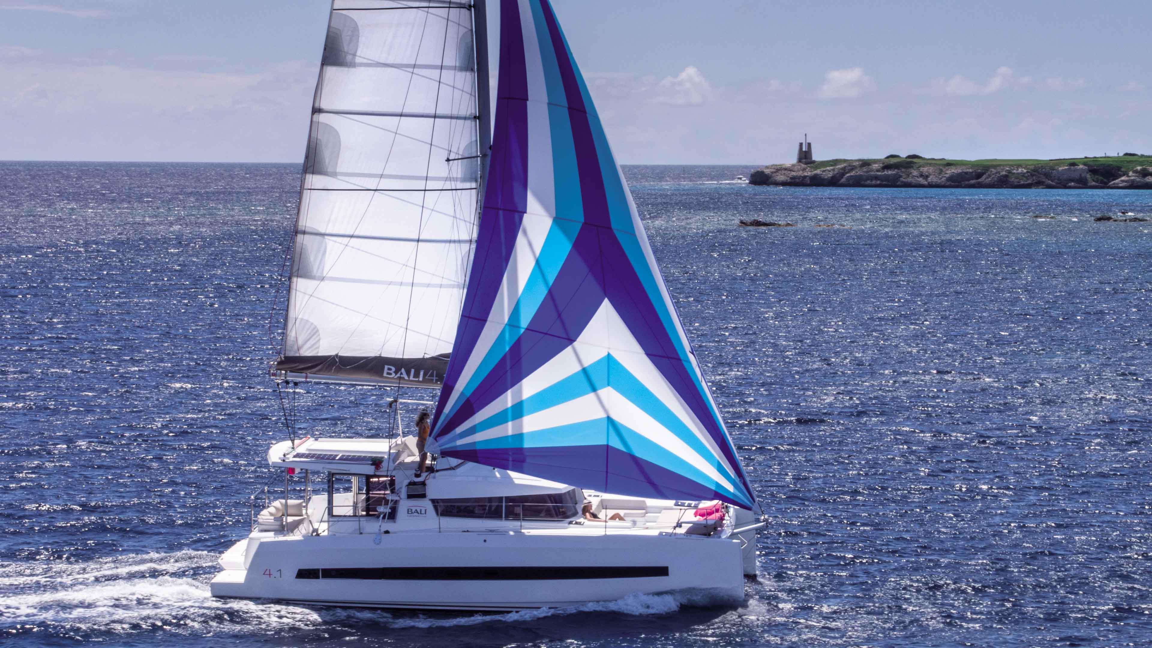 Bali 4.1 Privilege - Catamaran for Charter in Greece