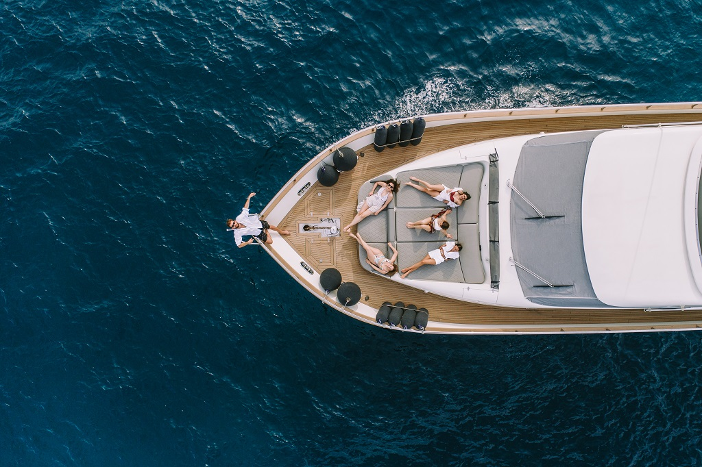 Alalunga 78 - Motor Yacht for Charter in Greece